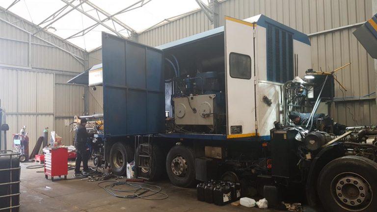 Naprawy pomp i silników hydraulicznych