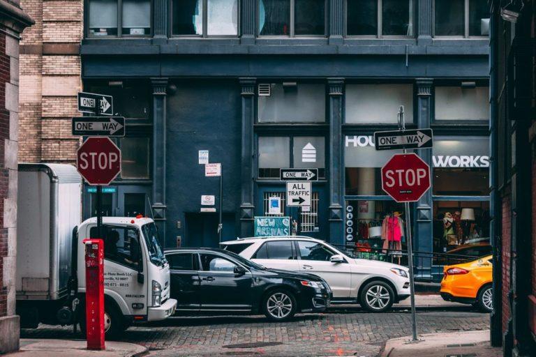 Porady dotyczące ubezpieczenia samochodu, które Ci pomogą